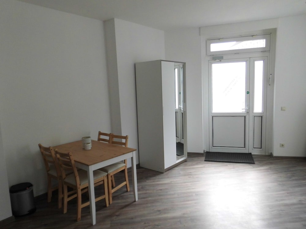 , Central and Newly Renovated Studio in Lutherstadt Wittenberg