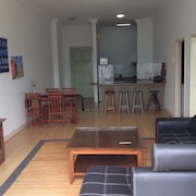 KK Holiday Homestays Penthouse