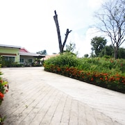 Sweethome Resort