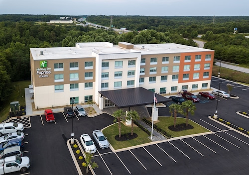 Holiday Inn Express & Suites Greenville S- Piedmont