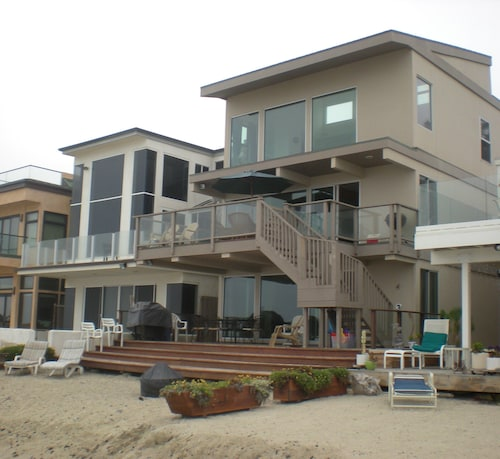 35063 Beach Road by RedAwning