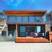 35093L Beach Road by RedAwning