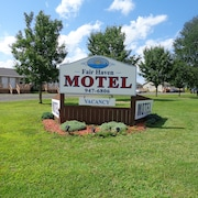 Fair Haven Motel & Cabins