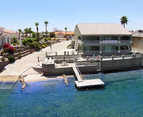 505 Riverfront Drive, Bullhead CIty, AZ by RedAwning