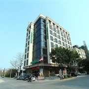GreenTree Inn HuiZhou South Railway Station DanShui RenMin Road Hotel