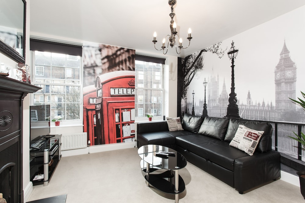 ... Deluxe Apartment, 2 Bedrooms, Kitchen   Featured Image ...