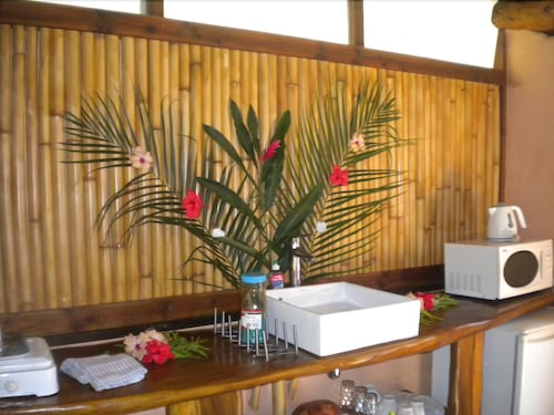 Private Kitchenette, Fare Oviri Lodge