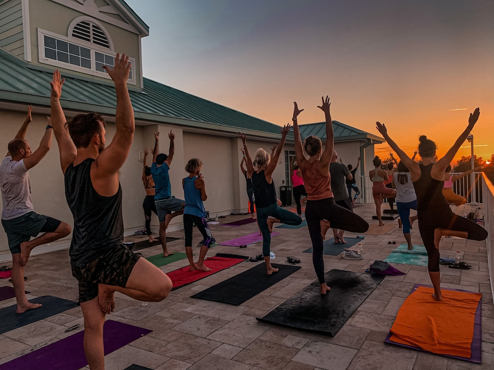 Yoga, New Hotel Collection Harbourside