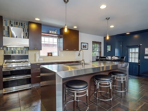 Great Place to stay Ultra-modern Downtown Home near Salt Lake City
