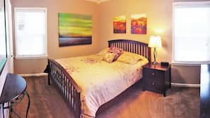 1 bedroom, premium bedding, pillowtop beds, desk