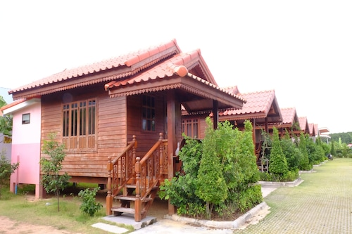 Banmai Hom Resort
