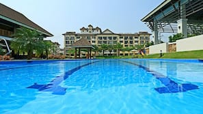 Outdoor pool, open 8 AM to 8 PM, pool umbrellas, pool loungers