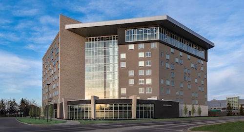 Holiday Inn Express & Suites Saskatoon East - University