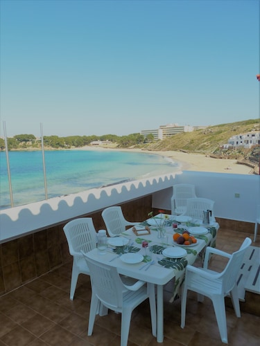 Menorca 5 Star Debuts Rent Bungalow Beachfront, 4 to 7 Person