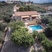 Villa Myrrini - Sensational Interior Witth Lovely Sunlit Terrace & Private Pool
