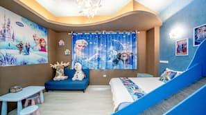 高級寢具、羽絨被、設計每間自成一格、家具佈置各有特色