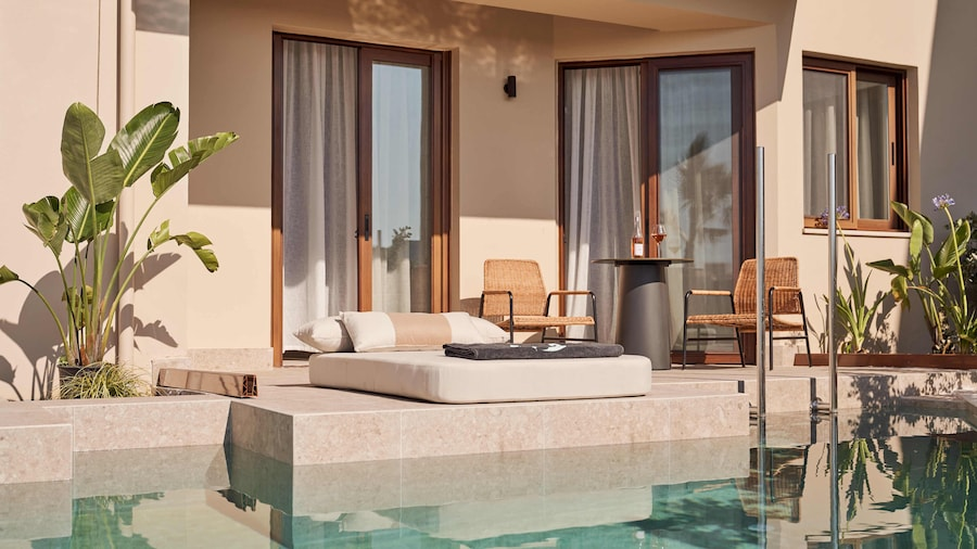 Asterion Suites & Spa