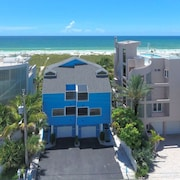 Vacation Property With Siesta Key Beach in Your Back Yard!