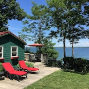 Quiet And Cozy Cabin With 165 Ft. Of Private Beach On Seneca Lake