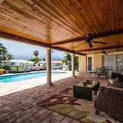 Bella Acqua - Luxury Waterfront Home, Minutes to the Ocean, Private Heated Pool