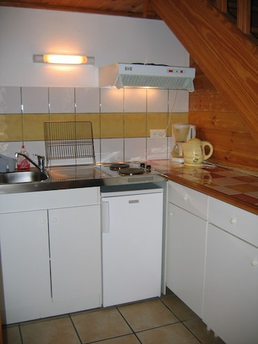 Large Studio Chaleureux 10 Minutes From Valberg and Guillaumes