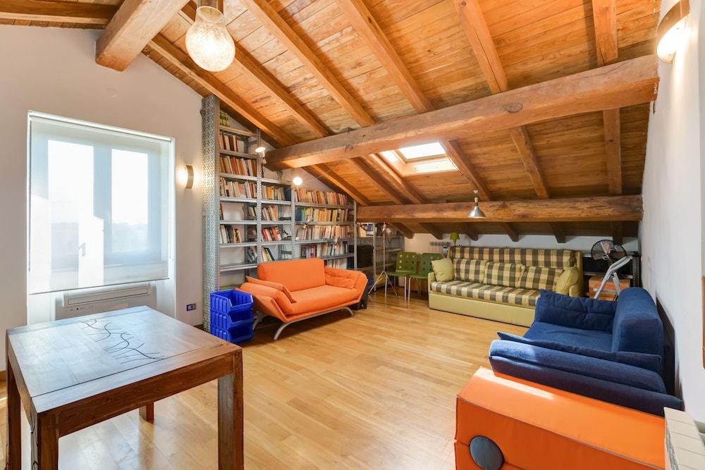Open Haard Tuin : Casalfattoria luxe design a c parkeren tuin wifi open haard