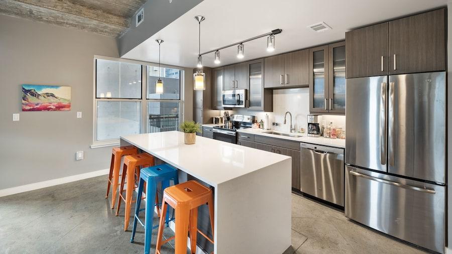 Kasa Austin Downtown Apartments