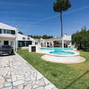 Aroeiramir - Villa With Private Pool and Garden, Lisbon South Bay [38274 / AL]