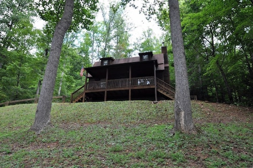 Check Expedia for Availability of Blue Ridge Getaway - 3 Br Cabin
