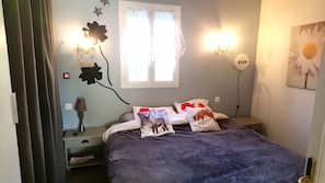 2 bedrooms, iron/ironing board, cots/infant beds, WiFi