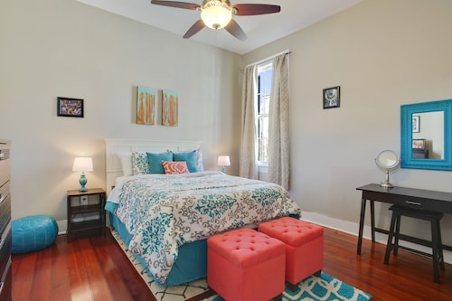 Upscale, Modern Apartment on Bourbon St With Balcony Overlooking Courtyard
