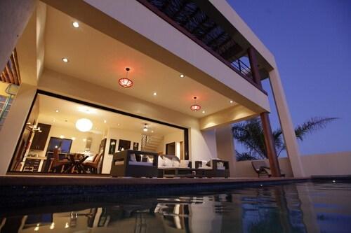 Stunning Modern Todos Santos Beach House With Ocean Views, Private Pool