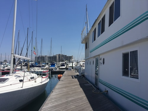 Houseboat in Beautiful San Diego Bay on Harbor Island!