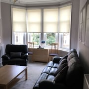 Beautiful 2 Bed West End Apartment