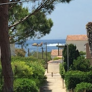 Villa Waterfront With Direct Access to the sea