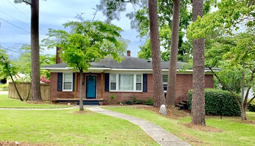 Brick Ranch - Close to Downtown/usc & Ft. Jackson