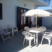 Hidranjas Guest House - Relaxing Between the Beach and the Park!