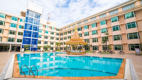 Club Excellence By Phnom Penh Hotel