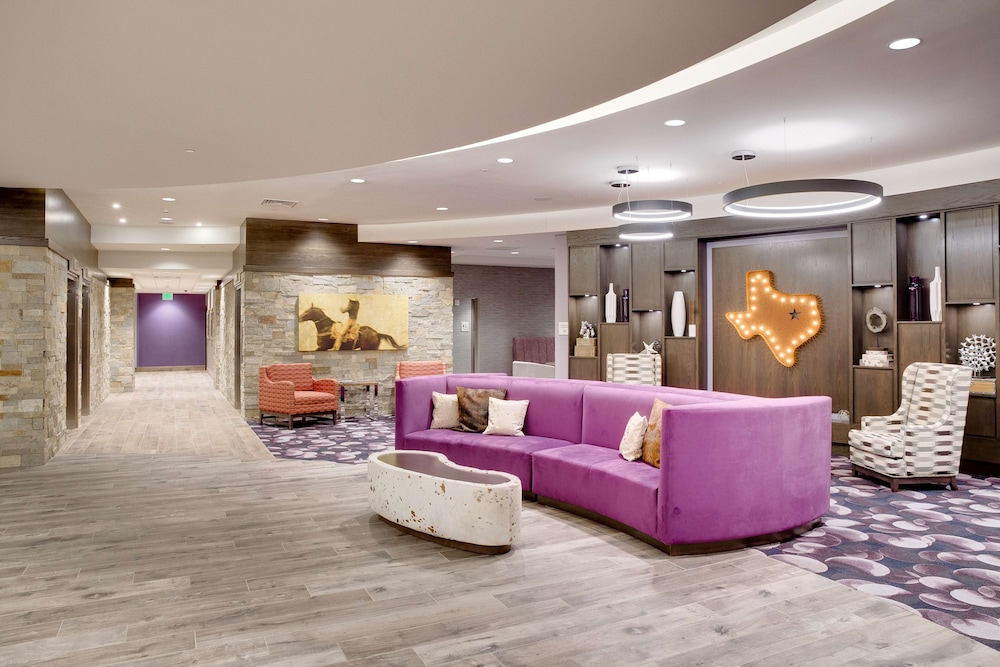Lobby, Hampton Inn & Suites Fort Worth Downtown