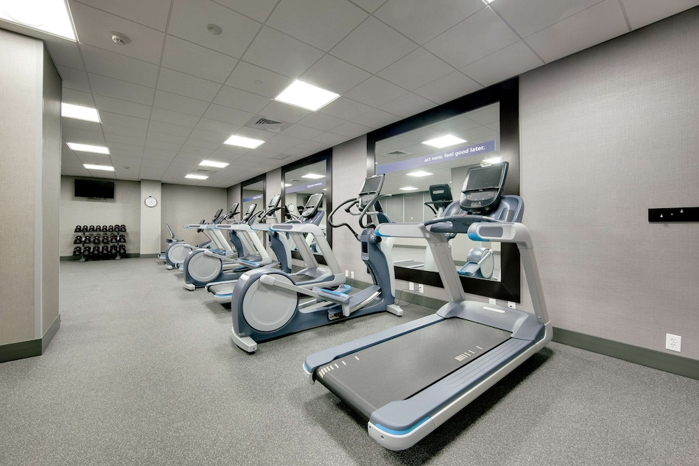 Fitness Facility, Hampton Inn & Suites Fort Worth Downtown