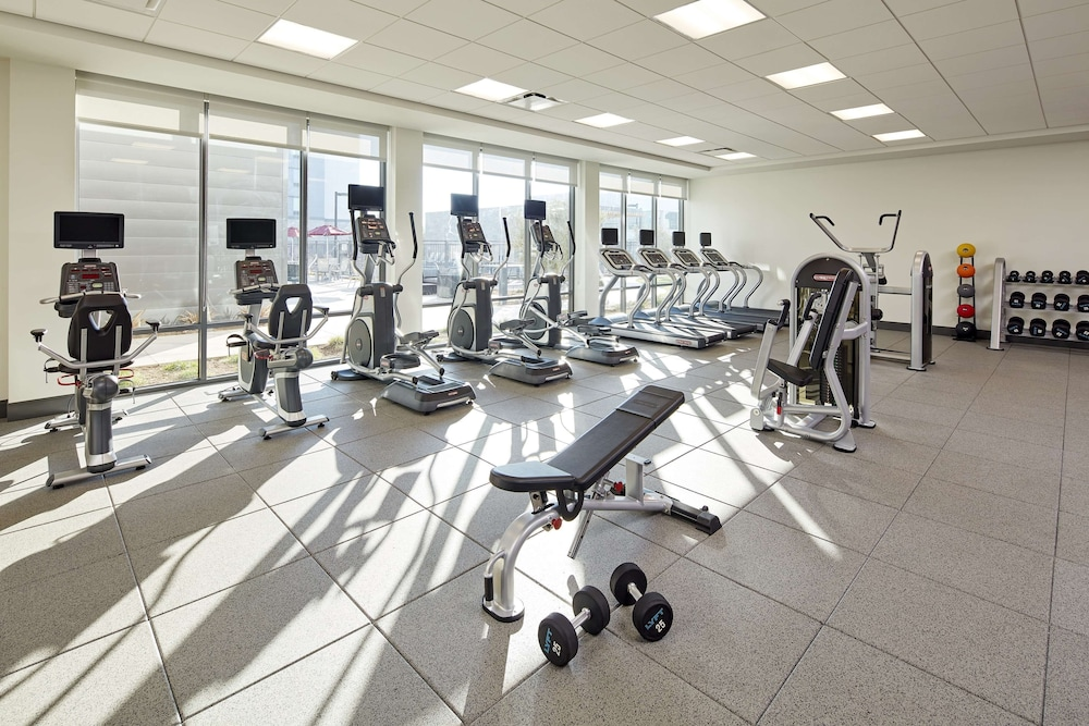 Fitness Facility, Homewood Suites by Hilton Long Beach Airport