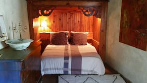 2 bedrooms, premium bedding, individually furnished, blackout curtains
