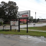 CROSSROADS MOTEL RUSHVILLE