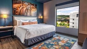 Roupas de cama premium, escrivaninha, espaço de trabalho para notebook