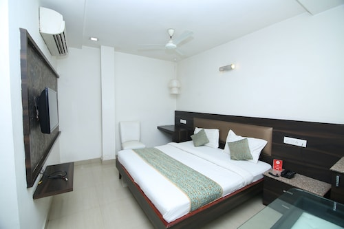 OYO Rooms 012 Ghadi Chowk Supela