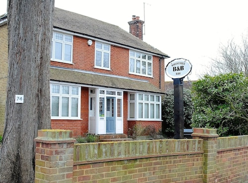 Whitstable Bay Bed & Breakfast
