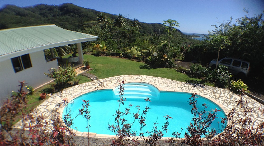 Outdoor Pool, Pension TE MAEVA