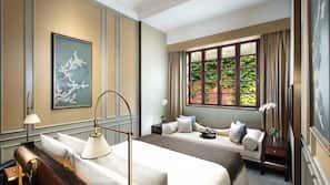 迷你吧贈品、房內夾萬、設計自成一格、家具佈置各有特色