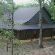 Rivers Edge Hideaway in Murfreesboro, Arkanasas