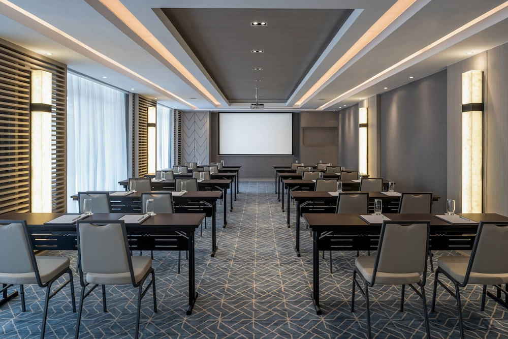 Hotel With Meeting Room In Siem Reap